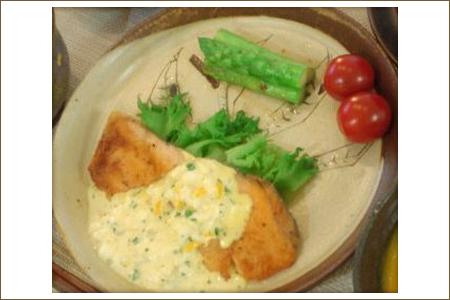 簡単♪鮭のムニエル、タルタルソース添え