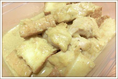 カジキと厚揚げの豆乳カレー煮