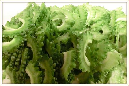 「ゴーヤのツナサラダ」制作画像