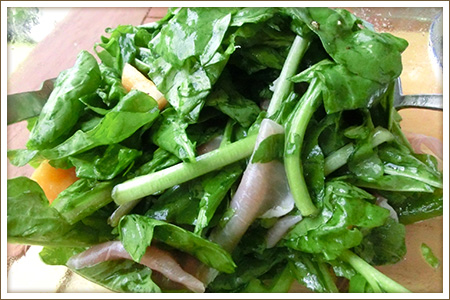 生ハムルッコラメロンのサラダ