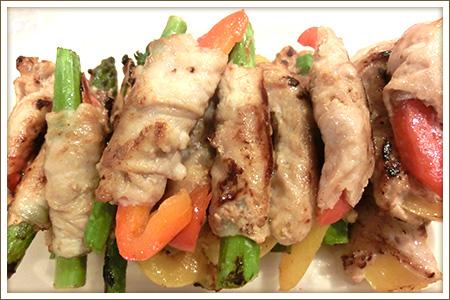豚肉のアスパラ・パプリカ巻き
